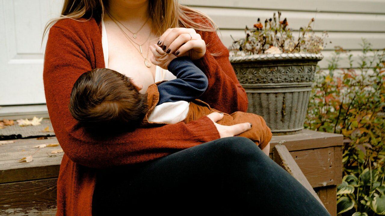 Ways to Increase breastmilk supply naturally