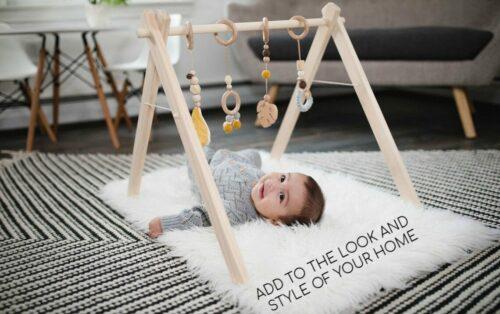 Weelittlehedgehog Baby spielen Fitnessstudio