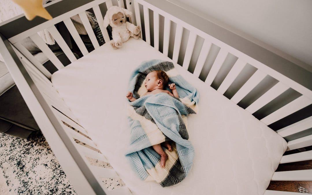 Best Convertible Cribs 2020 – Top 4 Convertible Baby Cribs Reviewed