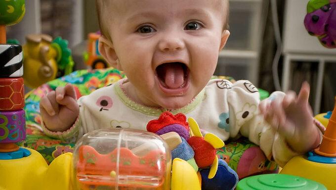 best baby exersaucer activity center