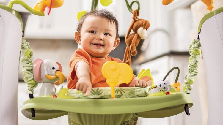 mejor centro de actividades para bebés exersaucer