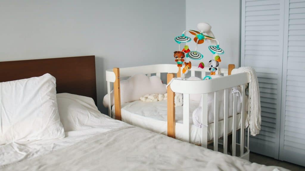 Best Crib attached to bed - Co-sleeper crib next to parents' bed